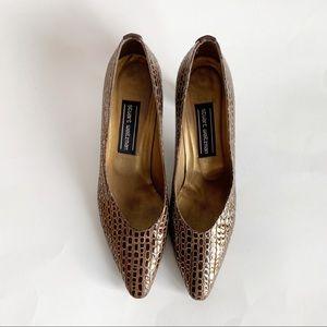 Stuart Weitzman Shoes - Vintage Stuart Weitzman Brown Gold Pumps Size 9